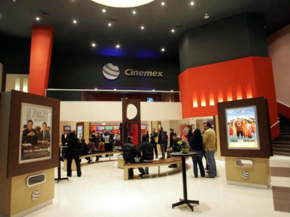 Cinépolis y Cinemex cierran complejos en todo México