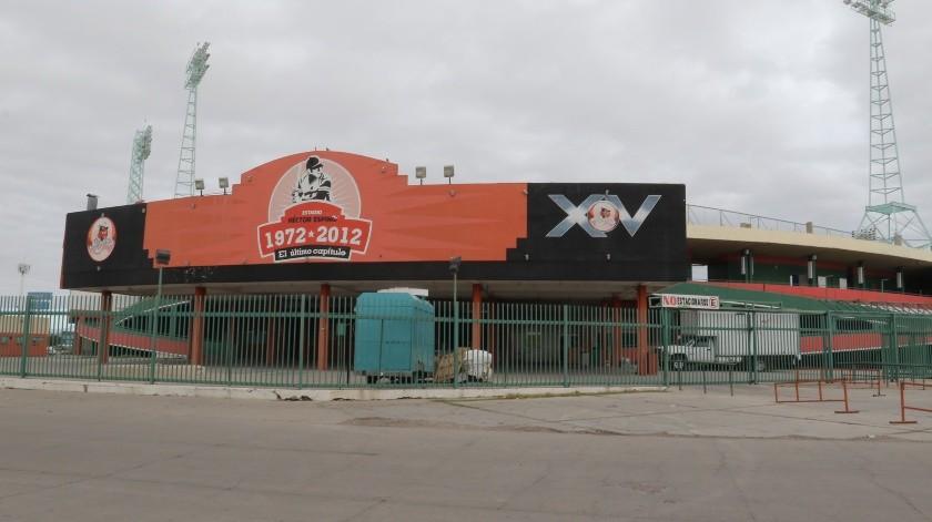 El Comisionado de Beisbol pretende adquirir los estadios de Hermosillo y Ciudad Obregón.