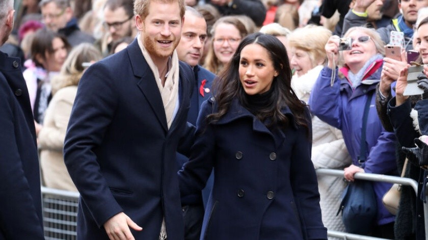 Prince Harry & Meghan Markle Visit Nottingham - Prince Harry and fiance Meghan Markle attend the Terrance Higgins Trust World AIDS Day charity fair at Nottingham Contemporary on December 1, 2017 in Nottingham, England.  Prince Harry and Meghan Markle announced their engagement on Monday 27th November 2017 and will marry at St George(2017 Getty Images, Getty Images Europe)