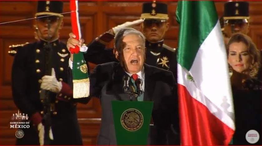 Los 20 ¡Vivas! de AMLO durante su primer Grito de Independencia(Captura de Video)