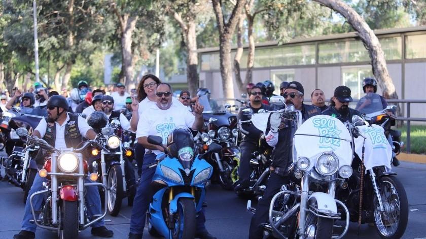 """Un aproximado de mil personas se sumaron este domingo a la """"Marcha por La Paz"""", donde los participantes buscan crear conciencia para erradicar la inseguridad y violencia que actualmente atraviesa Tijuana. (Gustavo Suárez)"""