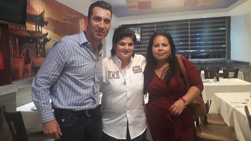 Rosendo Colorado con la ex secretaria de Bienestar Cinthya García Soberanes.