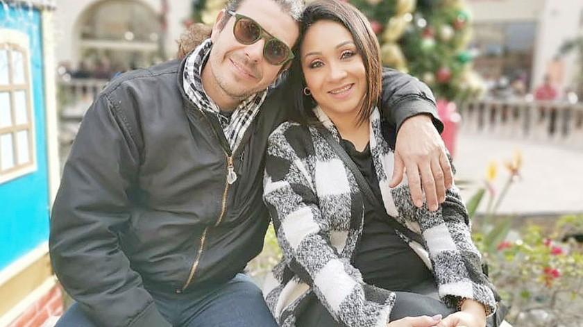 Felipe Díaz junto a su hoy viuda, Ariadna Magaña.(Cortesía)