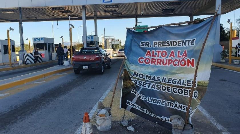 Caseta número 150 en Esperanza, Sonora, donde los manifestantes solicitan el apoyo de los conductores.(Mayra Echeverría)
