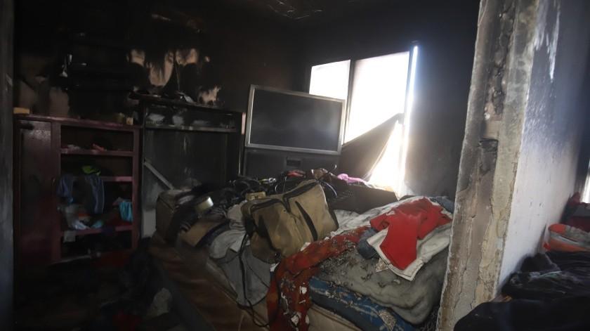 Por segunda ocasión se le quemó la casa a la señora América Arvizu.(Teodoro Borbón)