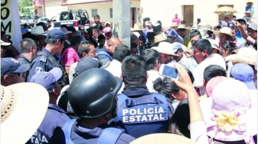 Intentan linchar a dos presuntos policías acusándolos de asalto(GH)
