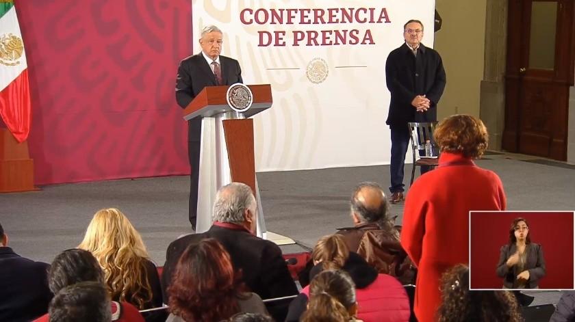 Andrés Manuel López Obrador y la periodista Denise Dresser(Captura de video)