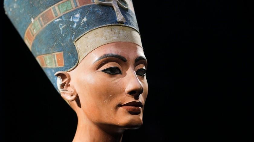 Una diseñadora gráfica ha recreado, con ayuda de computadoras, la cara de Nefertiti, Abraham Lincoln, la emperatriz Sissi, Luis XIV de Francia, Isabel la Católica yNapoleón, entre otros.(AP)