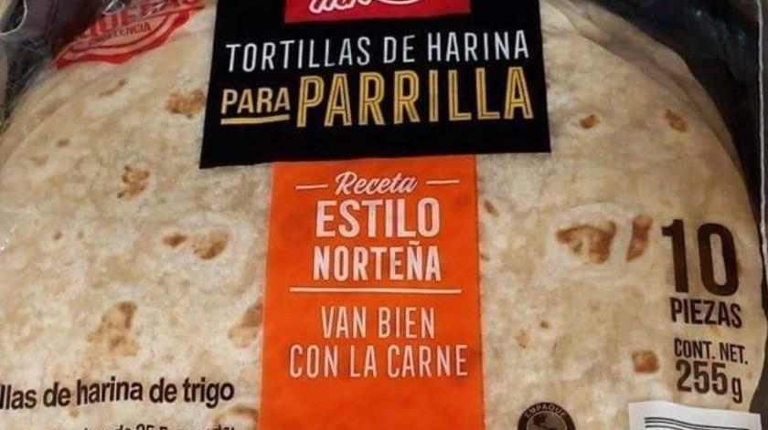 Tía Rosa ya tiene entre su oferta un tipo de tortilla para parilla estilo norteño. Aunque las sacó desde el 2016, en Twitter se volvieron virales por una publicación.