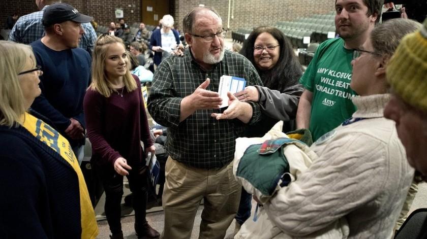 Otros candidatos guiaron su atención hacia Nueva Hampshire, que celebra su primeria en una semana.(AP)