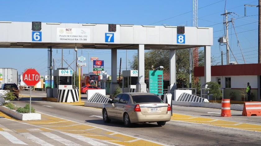 Sólo en el último periodo vacacional del 20 de diciembre al 7 de enero, la red de autopistas y puentes operados por Capufe, instalada en 27 estados, registró más de 26 millones de cruces vehiculares.(Archivo)