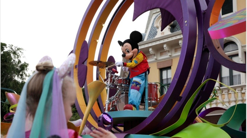 Rumores de Disneyland en México vuelven locos a fans; pero son ¡fake news!(AP)