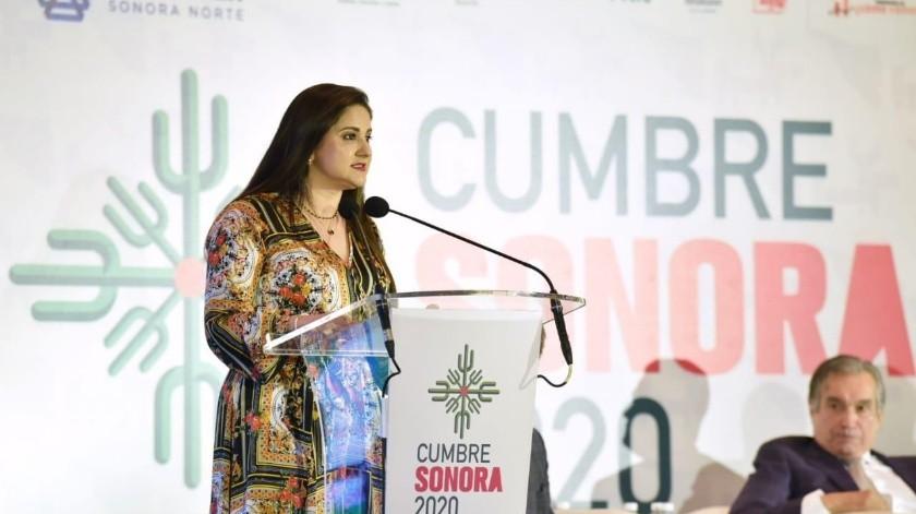 Célida López Cárdenas, alcaldesa de Hermosillo, durante su participación en la Cumbre Sonora.(EL IMPARCIAL)