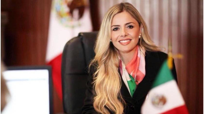 Renuncia Irma Terán al PRI y se va al PES por su esposo(GH)