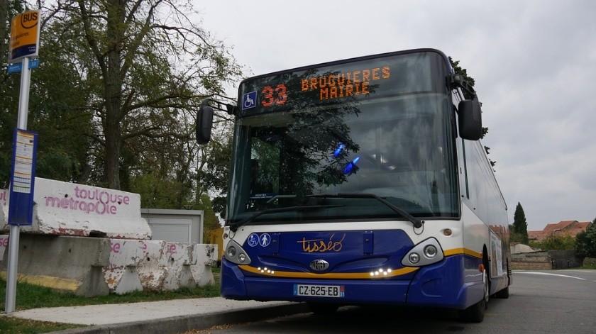 Los accidentes de autobús suceden con frecuencia en la India.(Pixabay)