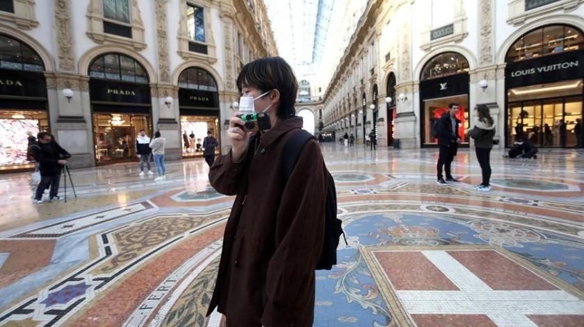 El hombre afectado es un ingeniero y recientemente había acudido a Italia, donde hay un brote de COVID-19.