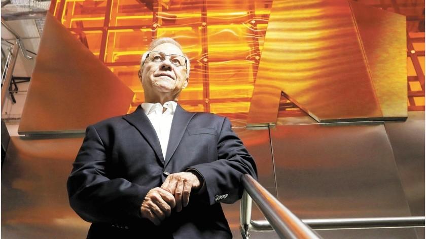 Con su padre como inspiración de vida y trabajo, aunado a su inteligencia y visión de negocios, Alfonso Reina Villegas logró poner a su empresa Construplan(Especial)