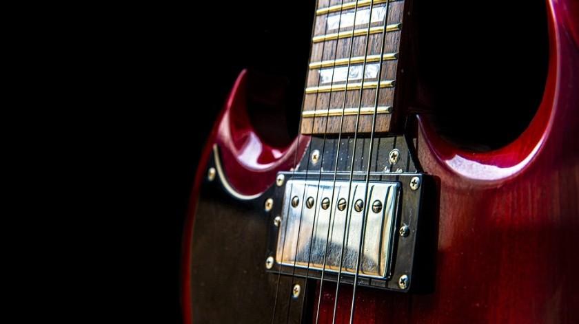 Joshua David Hernández Lord atacó a su hijo, de cuatro años de edad, y a su madre, de 51 años, con una guitarra.(Pixabay)