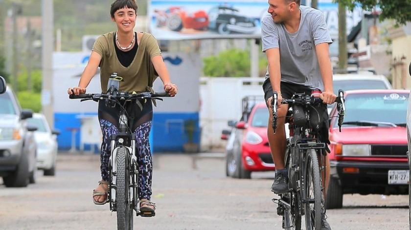 """Español y ecuatoriana se unen para ser """"bici viajeros"""""""