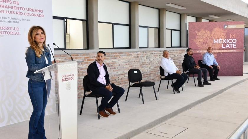 Gobernadora y AMLO acuerdan trabajo conjunto para enfrentar el Covid-19,(Twitter)
