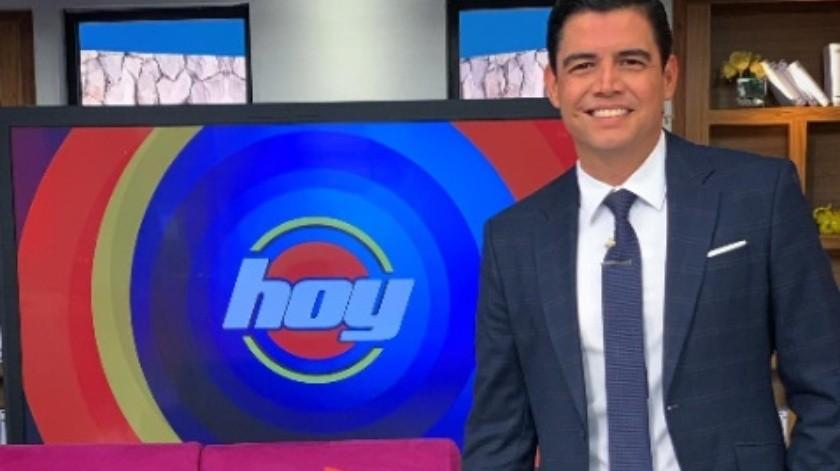 Al conductor señalado lo habrían despedido de Univisión, de Televisa y lo contrataron en Telemundo.(Tomada de la Red)