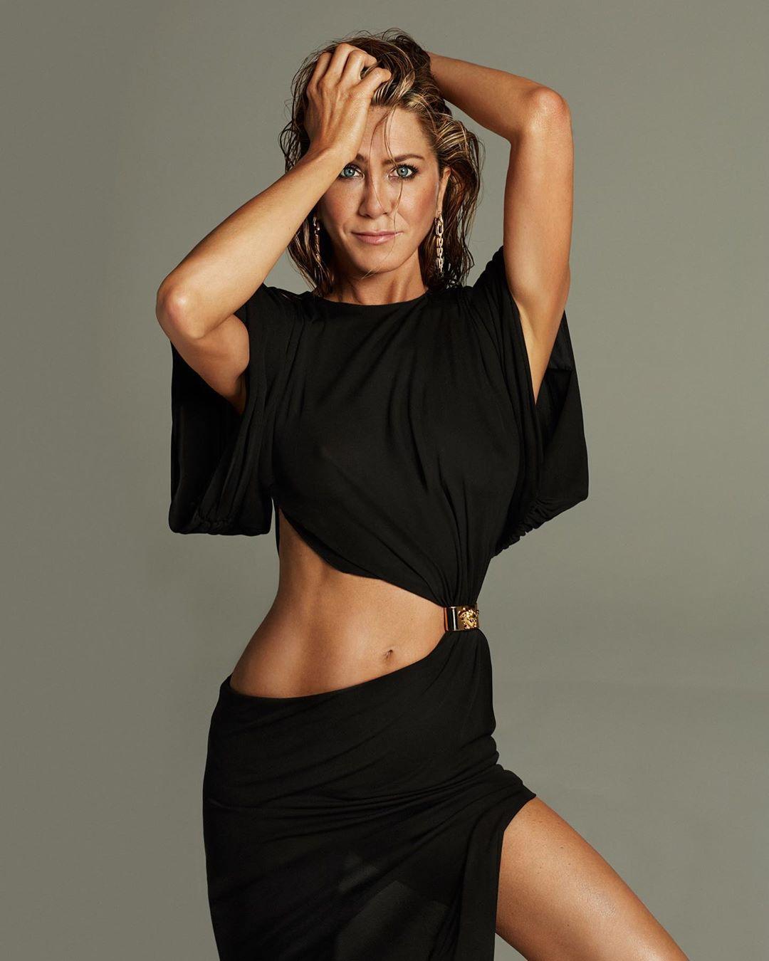 Subastan una foto de Jennifer Aniston desnuda para